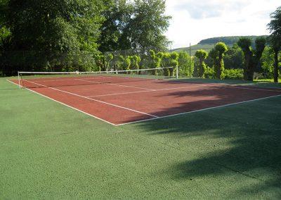 Terrain de tennis du gîte